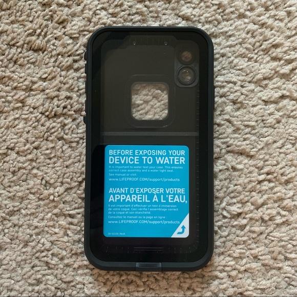 BRAND NEW iPhone XR Lifeproof FRË Case